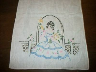 VINTAGE 40s CHIC EMBROIDERED SOUTHERN BELLE TRELLIS RUNNER DRESSER SCARF SHABBY