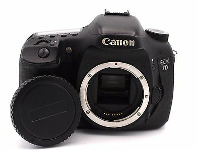 Canon EOS 7D 18.0 MP Digital SLR Camera - Black (Body Only) Shutter Count :1350