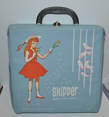 vintage SKIPPER Canadian CARRY CASE / TRUNK  1960s Mattel Barbie - rj