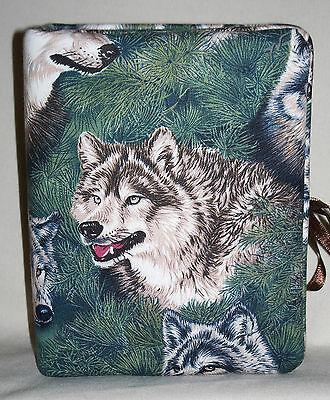 """Wolf Wolves Handcrafted Handmade Photo Album Holds 80 4""""X6"""" - NEW"""