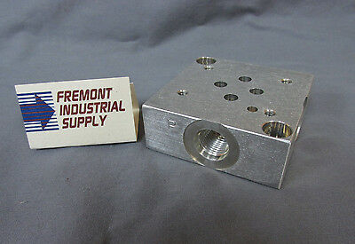 D03 hydraulic directional control valve sub plate #6 SAE Oring boss ports