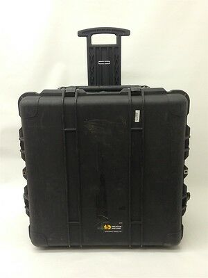 Pelican 1640 Transport Case with Black Foam, Convoluted Lid