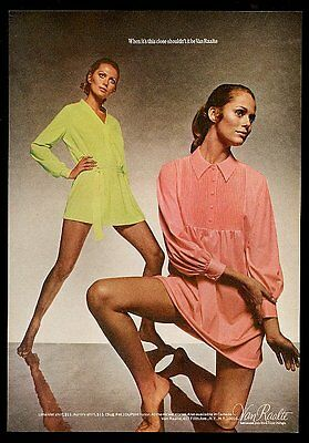 1969 Lauren Hutton photo Van Raalte lingerie vintage print ad
