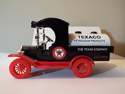 Ford Model -T Replica 1912 Delivery truck (red wheels) SPECIAL EDITION