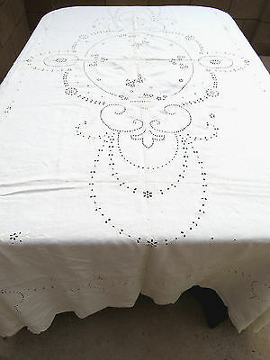 Antique Linen Embroidered Floral Tablecloth Bedspread Cutwork 68x96