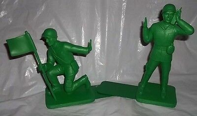 """Toy Soldier """"Army Men"""" Bookends by Bluw - Polyresin"""