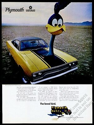 1970 Plymouth Road Runner Roadrunner 440 6 pack car with giant cartoon bird ad
