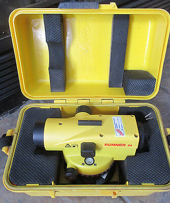 Leica Runner 24 Automatic Optical Level With Case