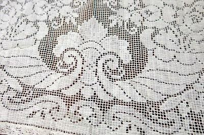 Antique Filet Floral Lace  Mantle  Table Runner Dresser Scarf  Daffodil   13x60