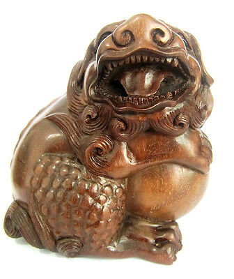 Y4628 - 10X8X6 CM Hand Carved Ebony Ironwood Carving - Pi Xiu with Ball