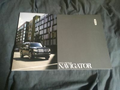 2017  Lincoln Navigator  Full Line Color Brochure Catalog Prospekt