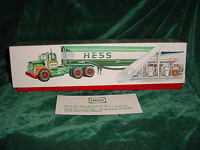 Rare 67  Hess Trucks Collectible 1967 Toy Tanker Truck Toys  Red Velvet & Box