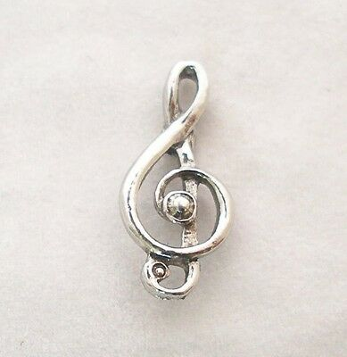 Treble Clef Pin Badge in Fine English Pewter, Handmade, music note (ae)