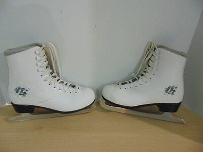 Figure Skate Child Size 5 CCM Winter Club Some Wear Marks Scratches