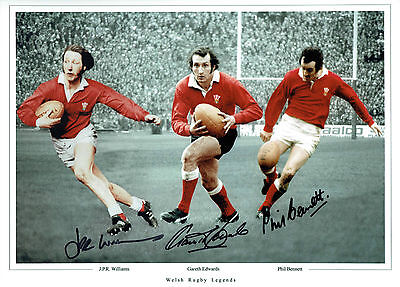 Gareth EDWARDS Phil BENNETT JPR WILLIAMS Signed Autograph 16x12 Photo AFTAL COA