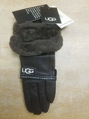 UGG Women's Classic Leather Smart Gloves