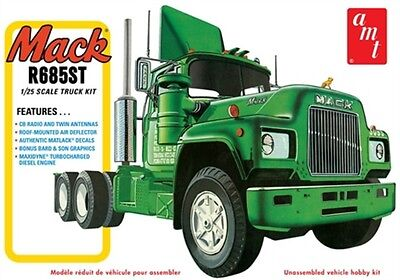 AMT 1039 MACK R685ST TRACTOR Truck 1/25 Model Car Mountain NEW ISSUE