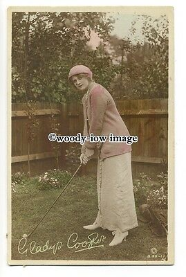 b3886 - Film & Stage Actress - Gladys Cooper with Golf Club - postcard