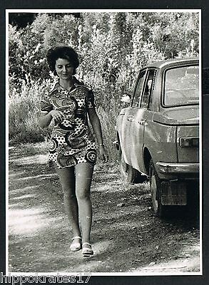 FOTO vintage PHOTO, Frau Auto Rock Minirock woman skirt car femme voiture  (83b)