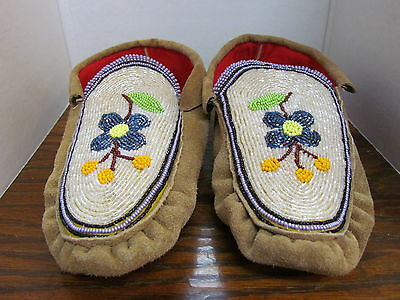 Authentic Native American Moccasins 9.5 Inches Full Bead Vamp Stunning Hand Made