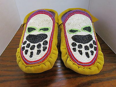 Authentic Native American Felt Lined Moccasins- Pink Bear Paw Beaded Design