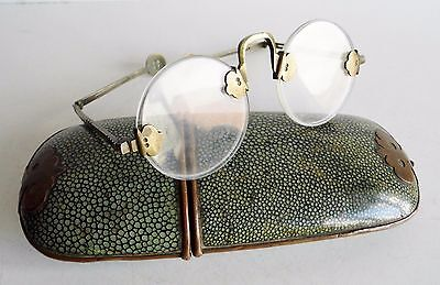 Extremely Rare Antique Chinese Spectacles In Original Shagreen Case - Circa 1820