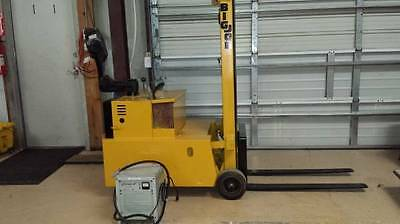 Walk behind BigJoe forklift 2000 lb capacity electric 24 volt with charger