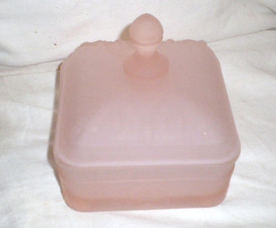 Tiara FROSTED LIGHT PINK COLOR Glass HONEY BEE Box with Lid