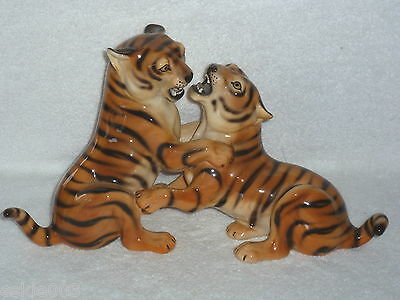 Signed Numbered Made in Italy PLAYING TIGER  Large Figurine By RONZAN