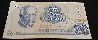 1976 10 Kroner Norges Bank Note in VG Condition Extremely Nice Note!!