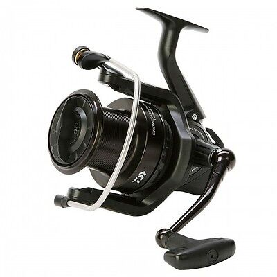 NEW Daiwa Crosscast Black Fishing Reel - 5500 - CCBK5500-A