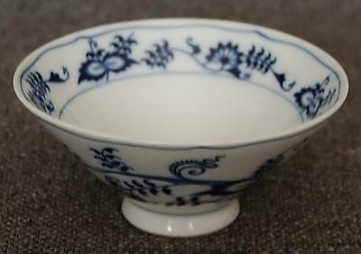 Lovely Blue Danube Banner Mark Blue Onion Hard-To-Find Rice Bowl