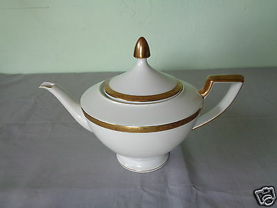 Vintage Heinrich Selb Bavaria Germany Gold Floral Band On White China Teapot