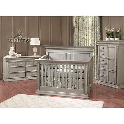 Baby Cache Vienna 4-in-1 Convertible Crib - Ash Gray