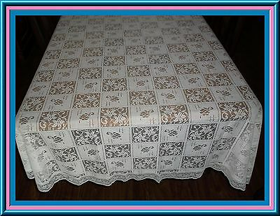 Lovely White Lace Vintage Oval Tablecloth Great Design - 100 Ins