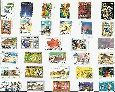 A Selection Of 32 Good/fine Used Stamps From Malaysia