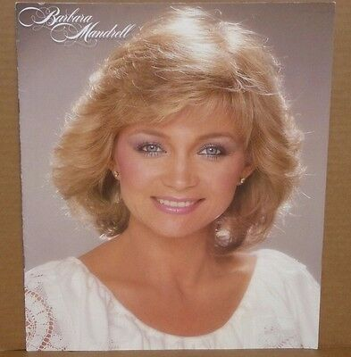 Barbara Mandrell 1982 tour book concert souvenir program