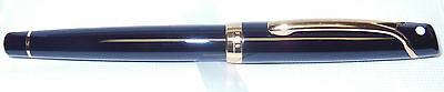 SHEAFFER VALOR Rollerball Pen - GLOSS BLACK LACQUER & GOLD - Made In Italy - NeW