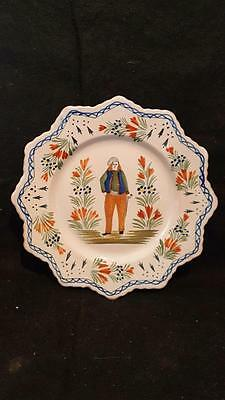 VINTAGE QUIMPER POTTERY FRENCH FAIENCE SCALLOPED RIM PLATE with cane
