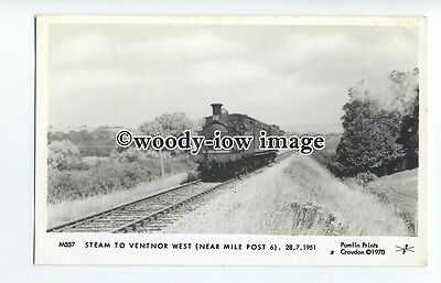 pp2005 - I.O.W. Steam Locomotive nearing Ventnor, in 1951  - Pamlin postcard