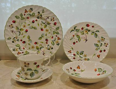 Vintage 5 Place Setting by James Kent Old Foley Strawberry Pattern