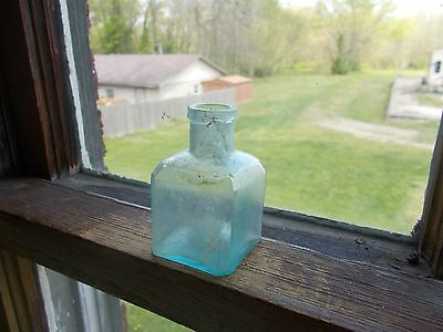 Crude Civil War Era Dug Square Schoolhouse Ink Bottle Sharp 1/2 Circle Hinge
