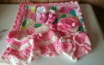 NEW ITEM!Handmade crochet baby blanket,girls set.40x34&, includes all in pic.