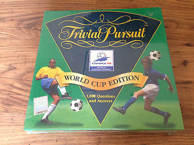 Vintage Trivial Pursuit World Cup Edition Official Licensed Product France 98