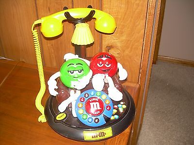 M&m Talking, Animated, Telephone With Light