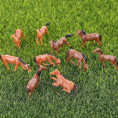 10pcs Plastic Colored Painted Lovely Model Horse Farm Animals Scenery Scale 1:87
