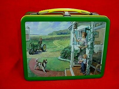 JOHN DEERE 3RD IN SERIES LUNCH BOX - MODEL G TRACTOR - DINNER TIME by HINTON