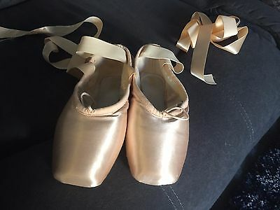 Women's girl's size 4 XX Bloch Hannah pink satin/leather ballet pointe shoes