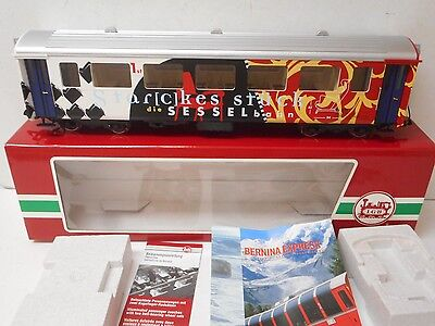 LGB 38670 RhB 1st Class Star[c]ks Stücks Passenger Coach Car w/Lights G Scale