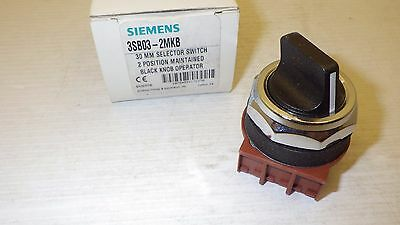 Siemens 3Sb03-2Mkb 30Mm 2-Pos. Maintained Black Knob Selector Switch Nib